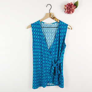 [41 HAWTHORN] Sleeveless Geo Print Wrap Tie Blouse